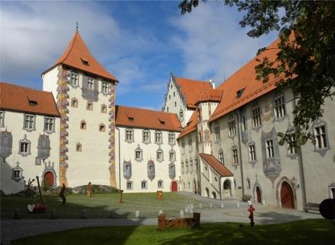 Hohes_Schloss_1_klein