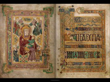 Trinity-College-Book-of-Kells-Dublin-10